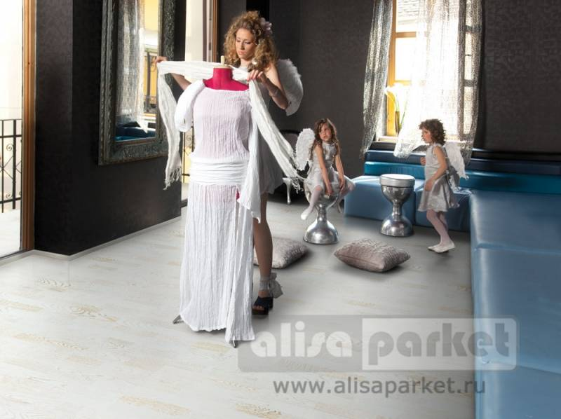 Фото паркетной доски Tarkett Salsa Art White Wedding в интерьере