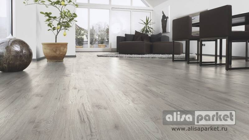 Фото ламината Kaindl Natural Touch 10.0 Narrow plank Гикори Фресно в интерьере